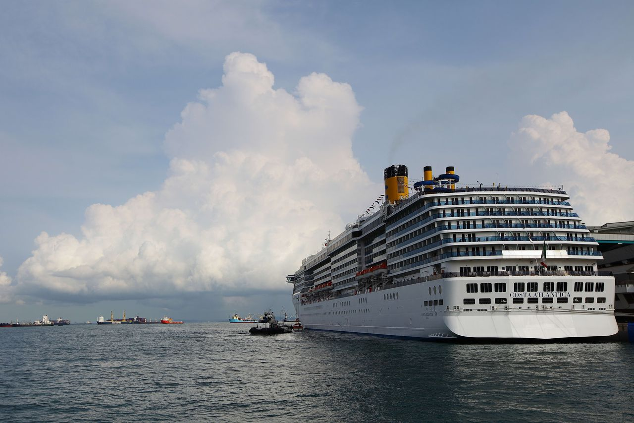 Coronavirus live updates: Japan confirms more cases on cruise ship; Bill Gates on stopping the pandemic