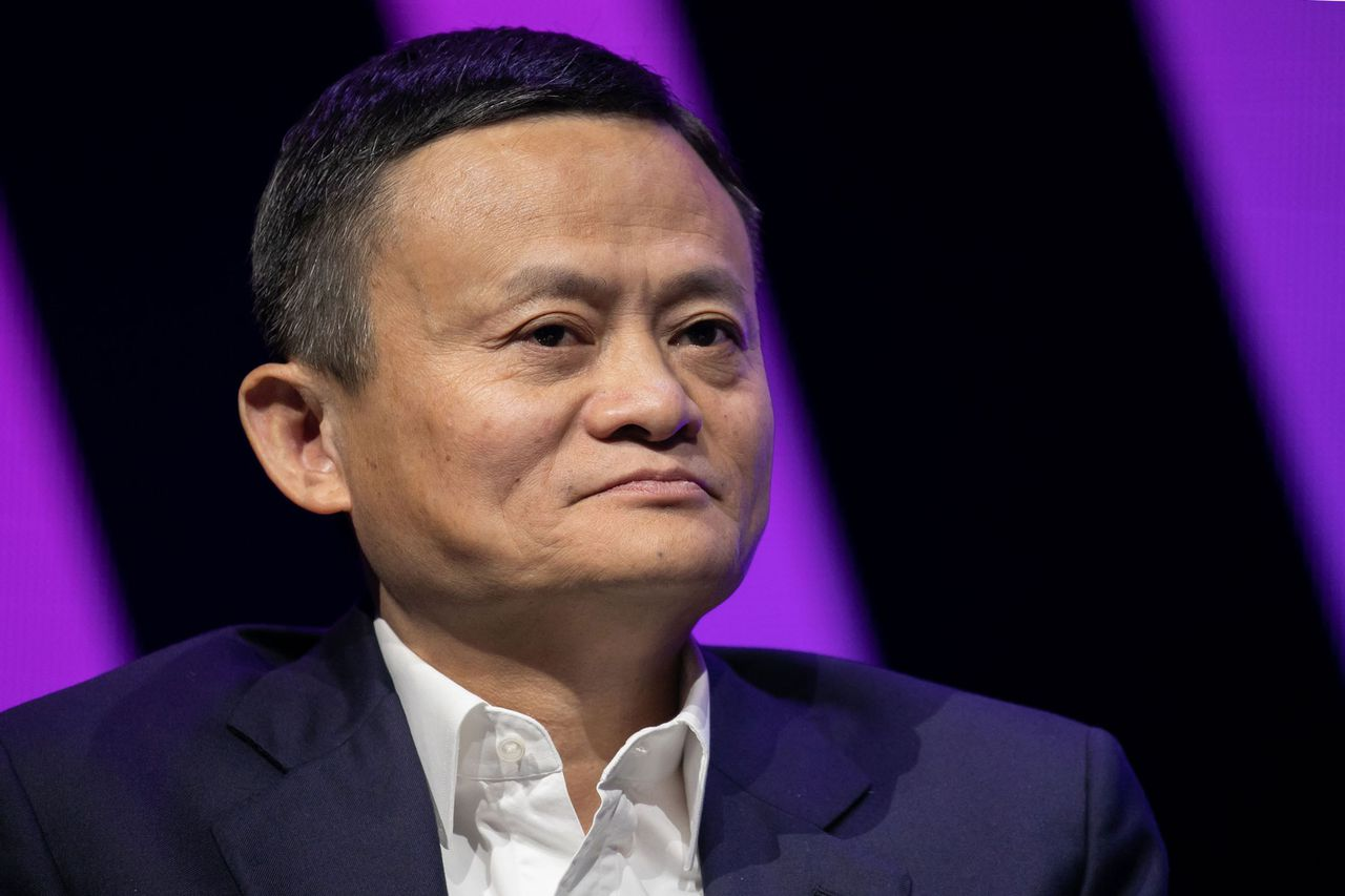 Alibaba founder Jack Ma to send face masks, medical equipment to Italy to help the fight against coronavirus. Image via Rolling Stone.