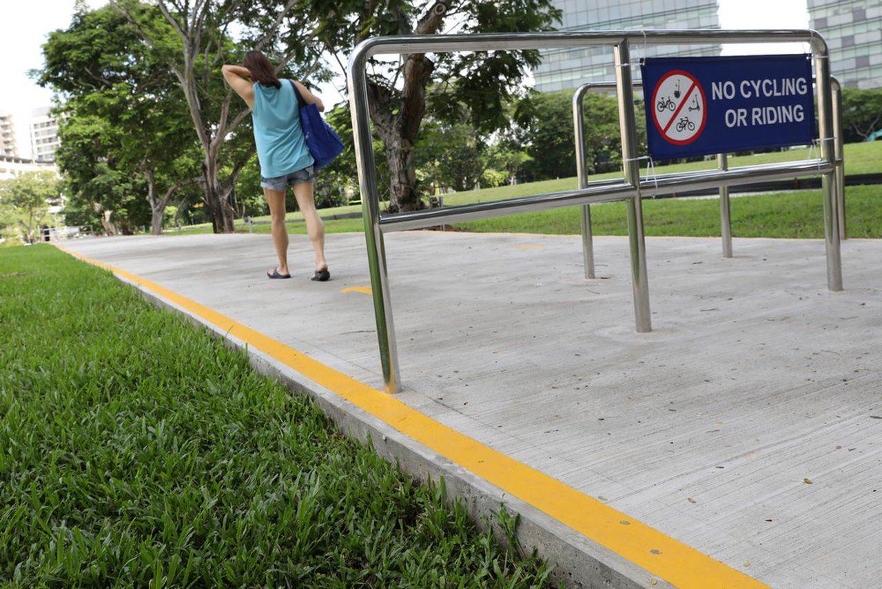 Singapore is Making Roads from Trash, Image via The Straits Times