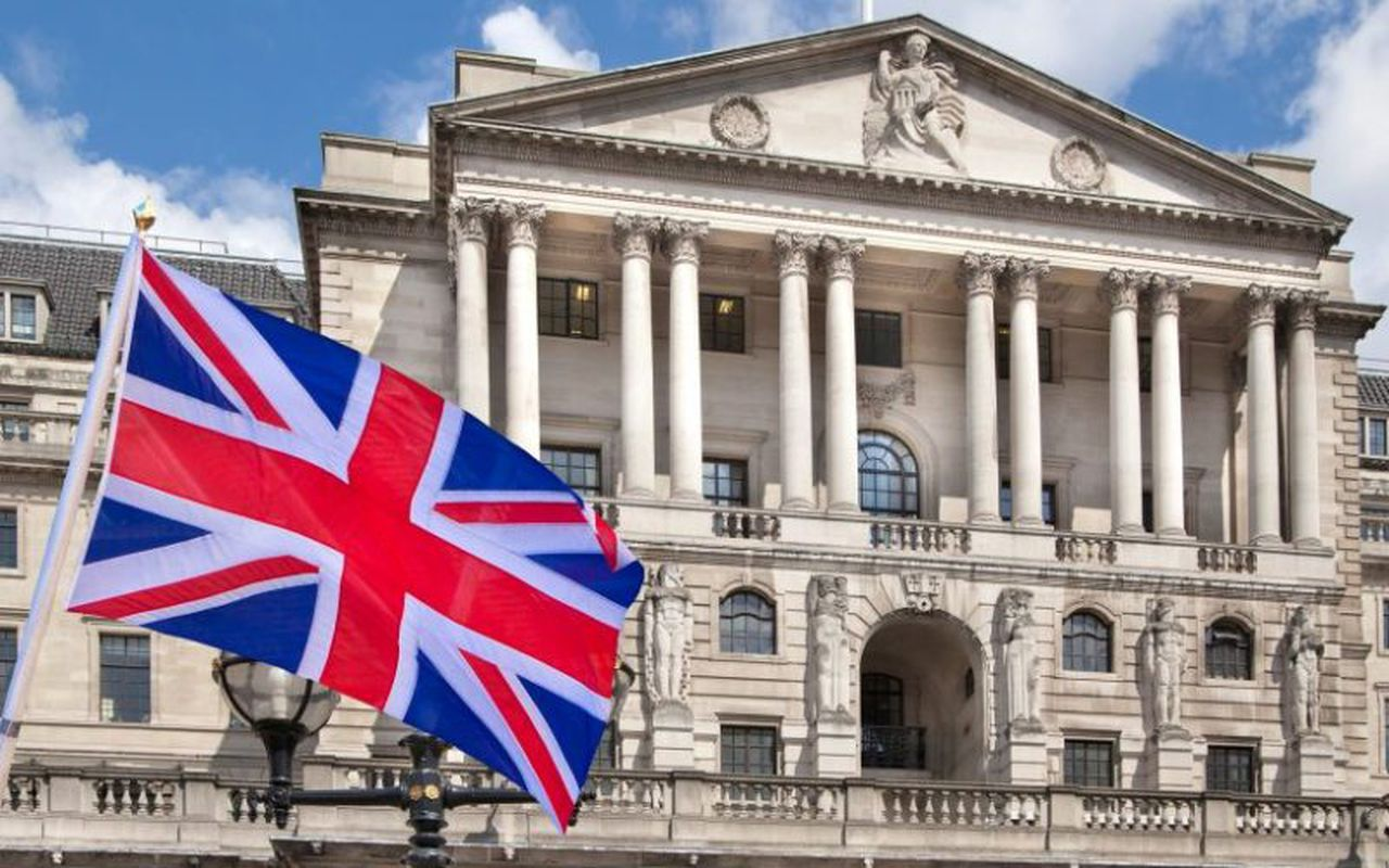 Bank of England holds interest rate at 0.1%