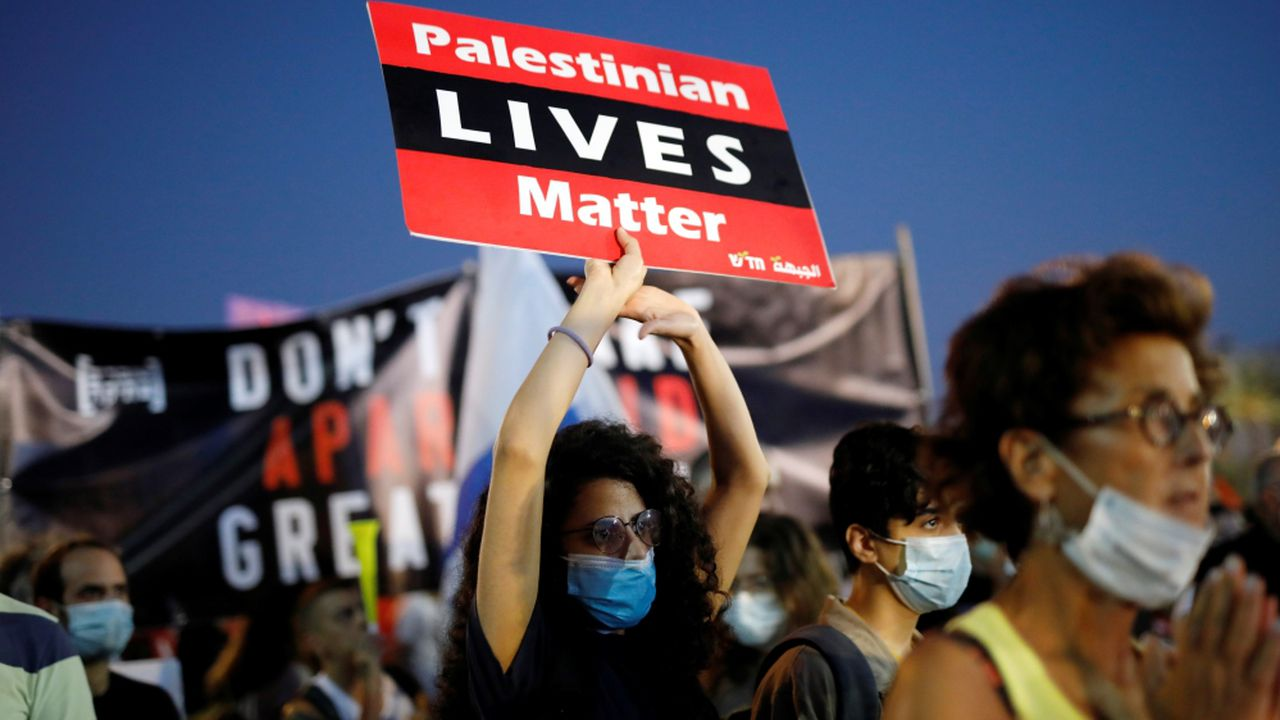 Israelis protest against Netanyahu's plan to annex West Bank