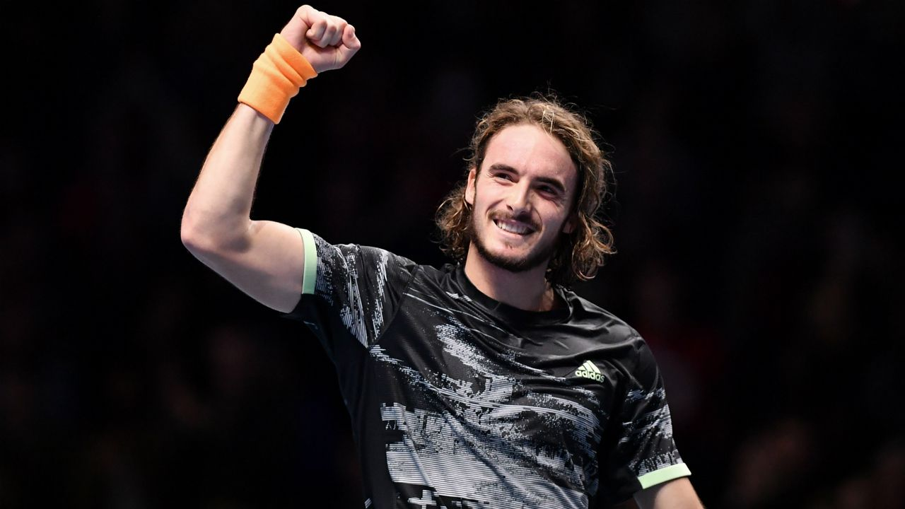 Tsitsipas defeats Federer, will face Dominic Thiem in ATP finals. Image via FoxSports.