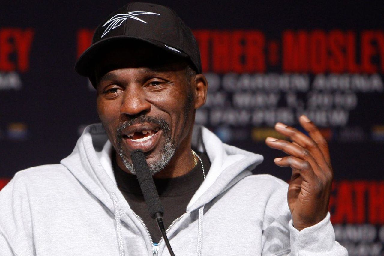 Floyd Mayweather Jr.'s uncle, trainer and boxing champ Roger dead at 58. Image via New York Post.